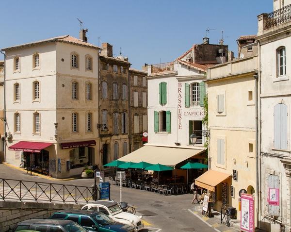 Arles-8